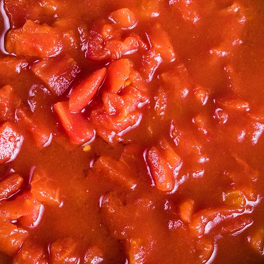 Tomato pulp with tomato juice